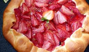 Tarte rustique à la fraise