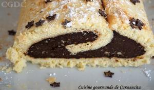 Gâteau roulé au chocolat et noisette