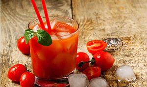 Jus de tomate aux agrumes