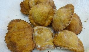 Ravioli frits aux champignons bruns, courgette, sarriette, ricotta
