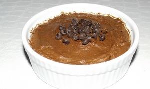 Mousse au chocolat noir et ses pépites