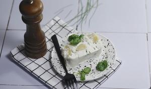 Terrine de poireaux au fromage frais ail et fines herbes