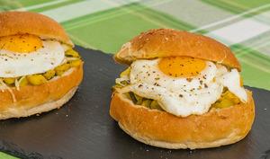 Burger végétarien œuf, courgette