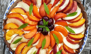 Tarte aux nectarines et abricot sur pâte au sarrasin