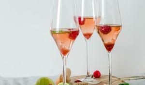 Cocktail rosé à la framboise