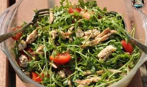 Salade de roquette au poulet