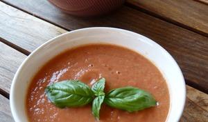 Gaspacho sucré-salé à la pastèque et au melon
