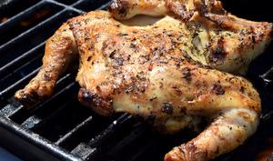 Poulet ou Coquelet au barbecue en crapaudine