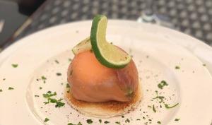 Dôme de saumon guacamole et son œuf mollet
