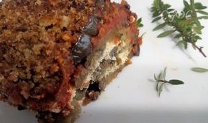 Gratin d'aubergine et chèvre frais à la chapelure aillée