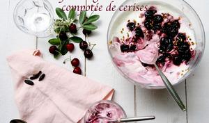 Crème de yaourt grec et compotée de cerises