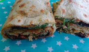 Rouleaux croustillants d'omelette et champignons