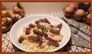 Riz frit aux œufs et à la viande