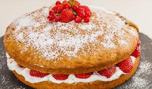 Gâteau facile et rapide fraises, amandes et ricotta