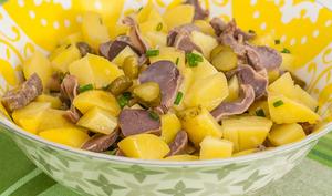 Salade de pommes de terre aux gésiers confits
