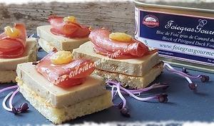 Toasts de Foie Gras de Canard et Lomo au Sirop de Ratafia de Bourgogne