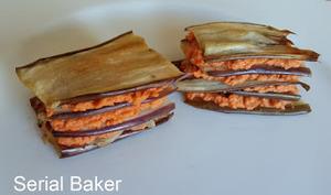 Mille-feuille d'aubergine à la crème cajou-poivron