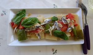 Pâtes aux anchois frais et sauce d'anchois