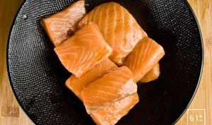 Saumon sous vide aux inspirations yakitoriennes