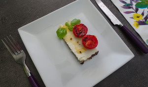Ricotta salée al forno avec tomates confites