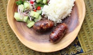 Petites saucisses laotiennes à l'ail