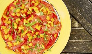 Carpaccio de tomates, basilic, sauce chien