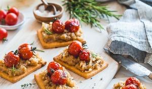 Tartelettes aux oignons et tomates cerise