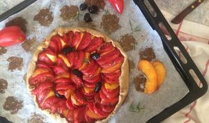 Tarte tomate-nectarine au romarin