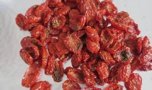 Tomates cœur de pigeon séchées au four
