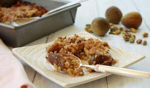 Crumble de figues caramélisées au vinaigre balsamique et pistaches