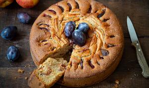 Gâteau alsacien aux quetsches, aux pommes et à la cannelle