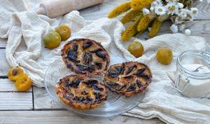 Tartelettes aux prunes Reine-Claude