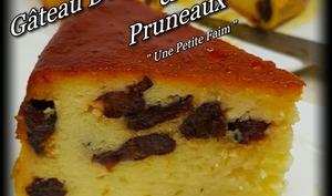 Gâteau de semoule caramel et pruneaux