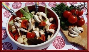 Salade de champignons au gruyère