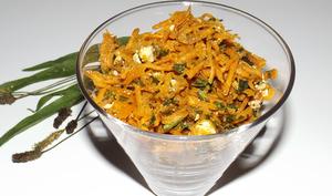 Salade de carottes râpées, feta et plantain lancéolé
