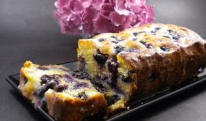 Cake aux myrtilles, amandes et citron