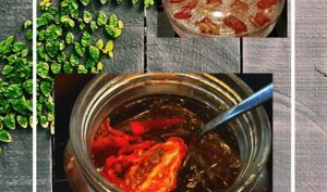 Tomates Séchées Fait Maison à l'Huile D'Olive Et Thym