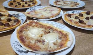 Les pizzas pâte extra fine