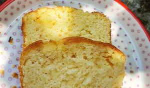 Cake au citron, noisettes et lait ribot