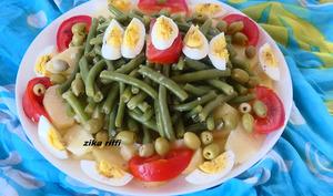 Salade de haricots verts frais à la vinaigrette à l'ail