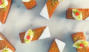 Gâteaux d'amour persans d'ottolenghi et Helen Goh