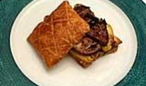 Feuilletés de foie gras truffé