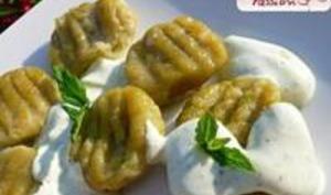 Gnocchis de Petits Pois à la Faisselle de Chèvre, Sauce au Yaourt et à la Menthe