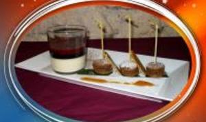 Macarons au Chocolat et Panacotta aux Fruits Rouges