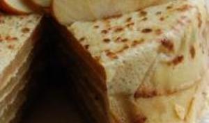 Mille Feuilles de Crêpes aux Pommes et au Caramel