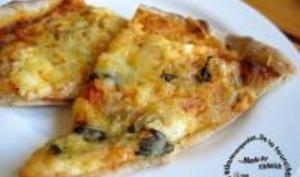 Pizza à la Brousse et au Basilic