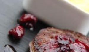 Tournedos de Biche de Cerf, Purée de Panais, Sauce aux Griottes et Grenade