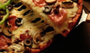 Pizza aux Olives noires