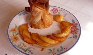 Aumônière aux pommes sauce caramel beurre salé