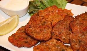 Tomatokeftedes, galettes de tomates grecques